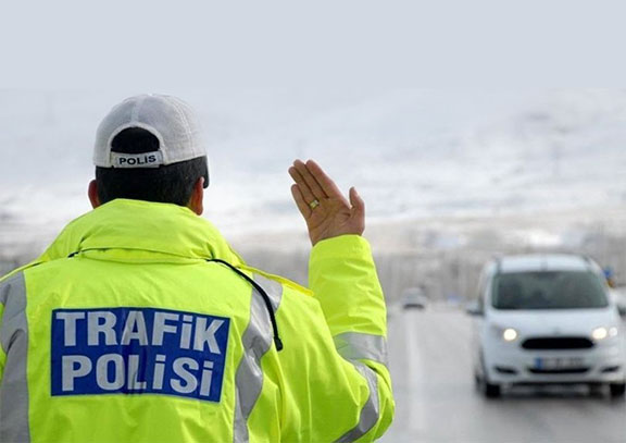 Türkiye' de yeni trafik cezaları